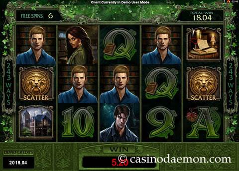 Immortal Romance slot screenshot 4