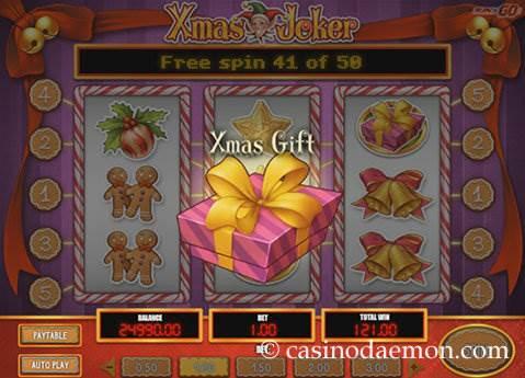 Xmas Joker slot screenshot 2